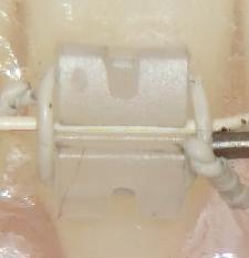 ・プラスチックブラケット・白色ワイヤー